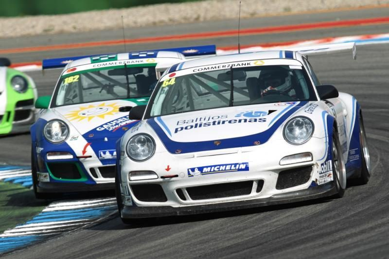 """1000 km lenktynių favoritas – """"Porsche"""""""