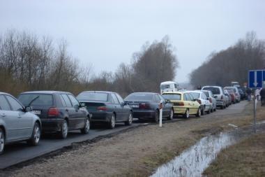 Keliu Šilutė-Rusnė leista važiuoti lengviesiems automobiliams