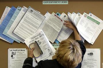 Darbo birža: nedarbas 2010 metais augs 2-3 proc.