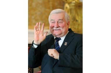 Lenkijos prezidentui raginimai atsistatydinti
