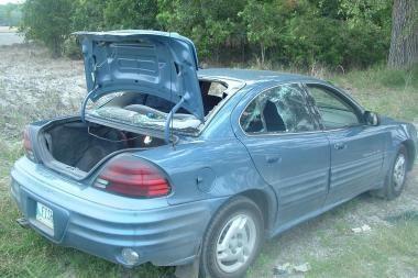 Iš sostinės kiemų išgabenta 300 neprižiūrimų automobilių