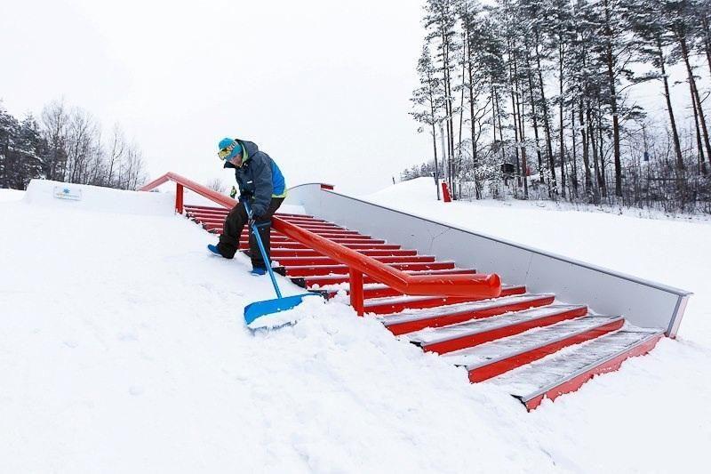 G. Šapranauskas ir M. Ponomariovas statys sniego parką?