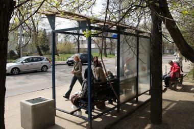 Paros įvykiai: prie autobuso rastas iškritęs komos būsenos vyras