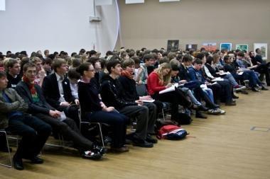 Pajūrio moksleiviai mokysis finansų ir lyderystės