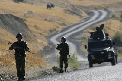 Turkijoje sprogusi bomba pasiglemžė 9 karių gyvybes