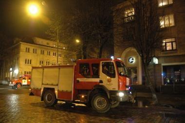 Metrologijos centro garaže degė automobilis