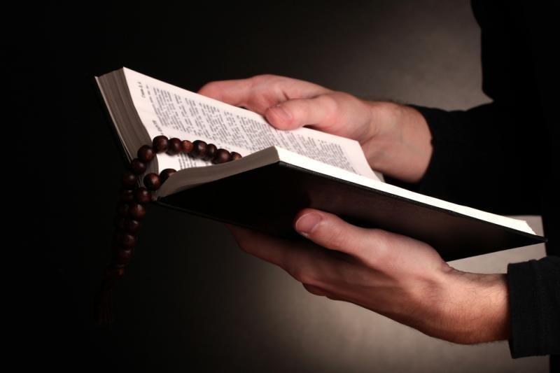Amerikietė metus gyveno pagal Biblijos standartus moterims