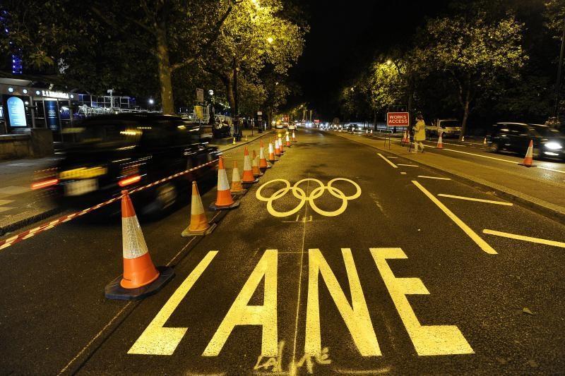 Baiminamasi, kad Olimpiada paralyžiuos Londoną