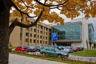 Dalį automobilių Seimas galbūt skolins ministerijoms