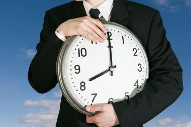 Seimo kontrolierius: laiko keitimas išbalansuoja psichinę būseną