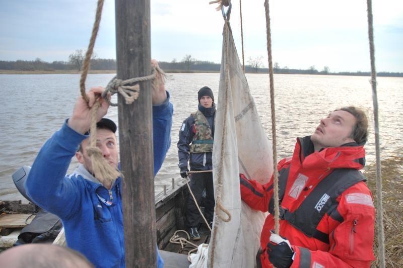 Aplink Rusnės salą - senoviniais laivais