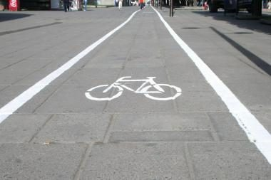 """Siūlo """"Žalgiriui"""" žadėtas lėšas skirti dviračių takams"""