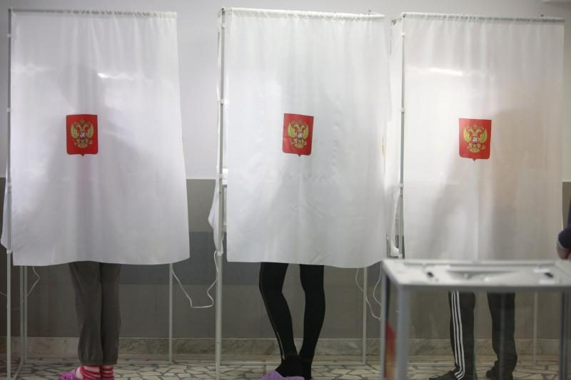 Pirminiais duomenimis, Rusijos prezidento rinkimus laimėjo V.Putinas
