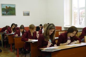 Paaiškėjo pirmieji brandos egzaminų rezultatai