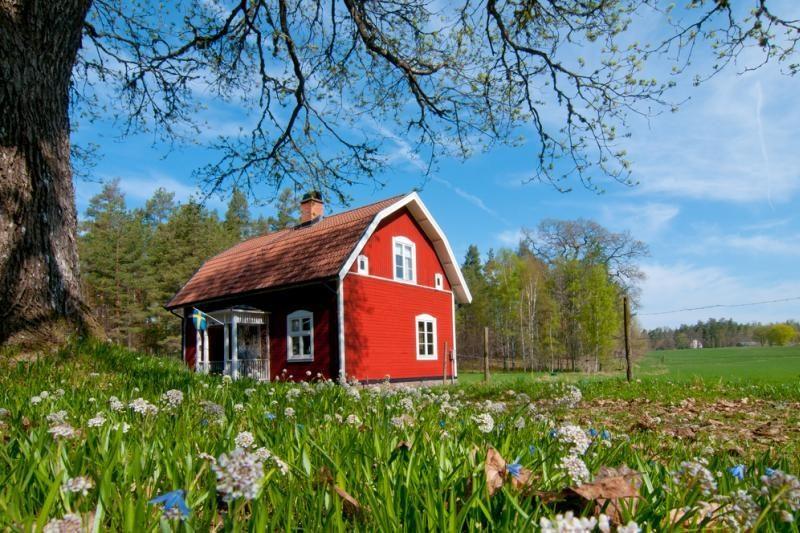 Vidutinė sodybų kaina Lietuvoje siekia 130 tūkst. litų