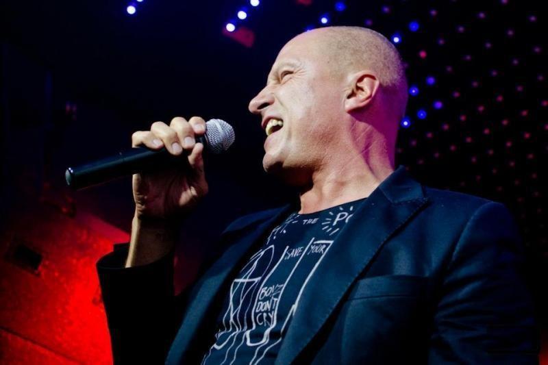 Pailsėti  E. Sipavičiui padeda ir koncertai naktiniuose klubuose