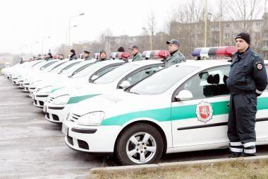 Policijos apylinkių inspektoriai gaus 32 naujus automobilius