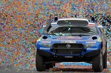 """""""Volkswagen"""" dalyvaus """"Dakare-2011"""""""
