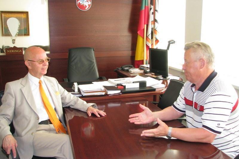 Neringą kviečia bendradarbiauti su savivaldybe Baltarusijoje