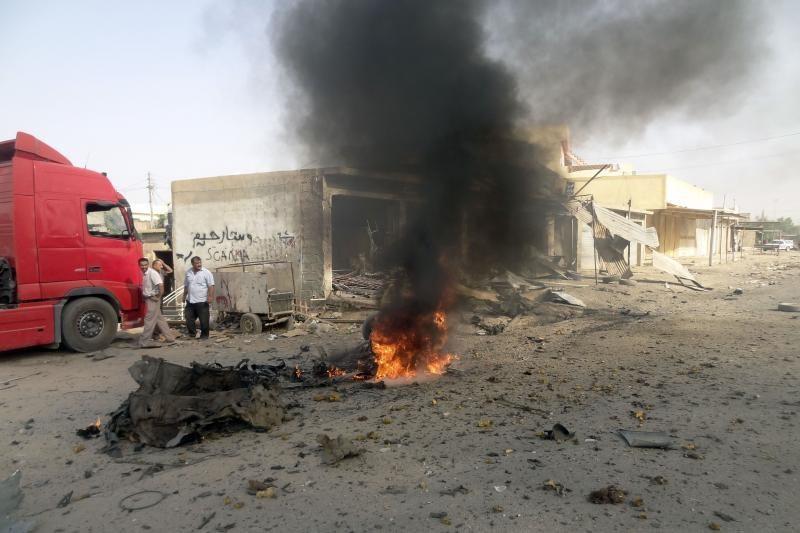Irake per išpuolių virtinę žuvo mažiausiai 17 žmonių