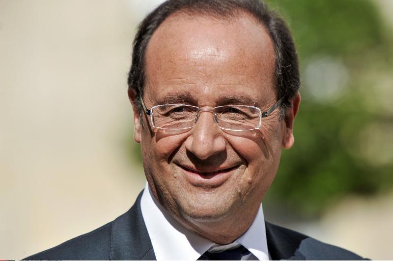 Prancūzija: Graikija privalo likti euro zonoje
