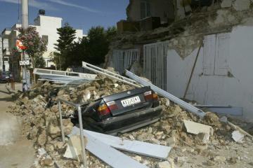 Graikijoje per žemės drebėjimą žuvo du žmonės