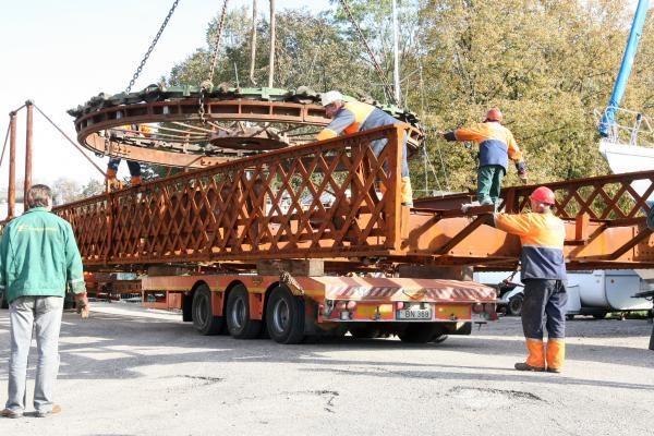 Pasukamasis tiltelis sugrįš po dviejų savaičių