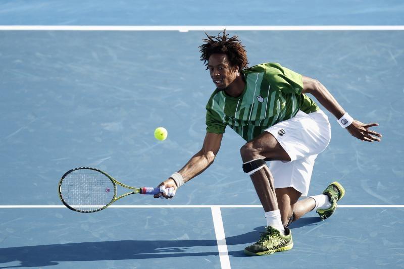 Australijoje prasidėjo parodomasis teniso turnyras