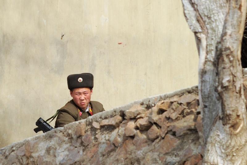 Šiaurės Korėjoje nejaučiama panika dėl tikėtino raketų bandymo