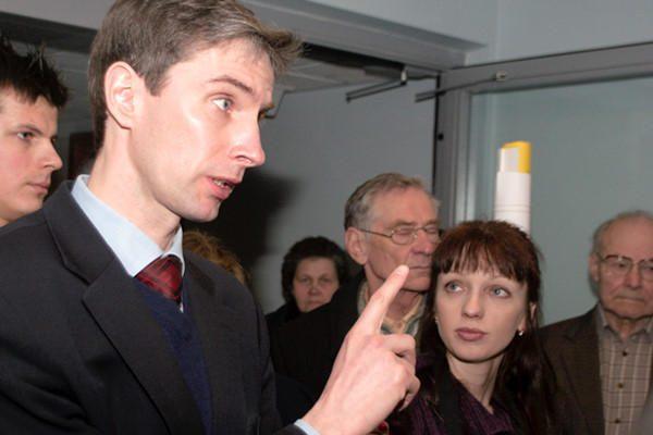 Teismas atidėjo nuosprendį A.Paleckiui