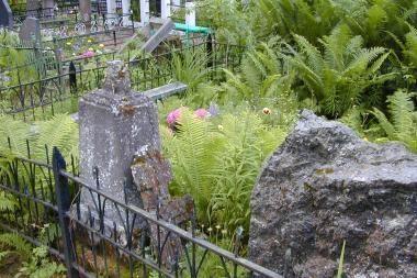Miesto meras ragina nepamiršti ir nelankomų kapų