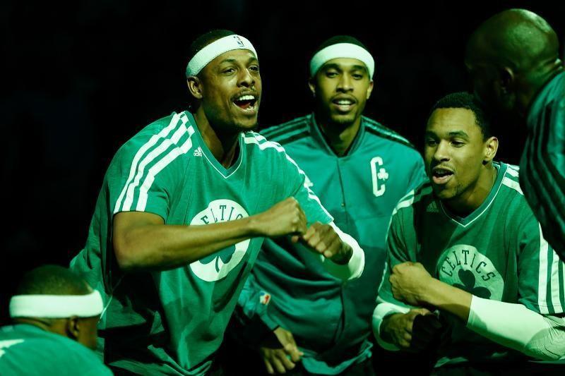 """Senukas nepasiduoda: P. Pierce'as nutraukė """"Celtics"""" nesėkmes"""