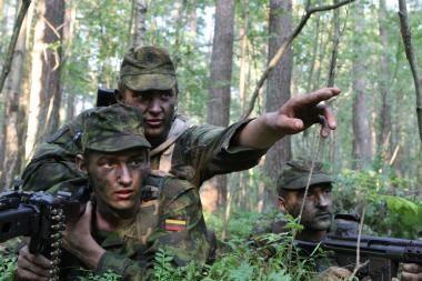Klaipėdoje - karių savanorių kovinio šaudymo pratybos