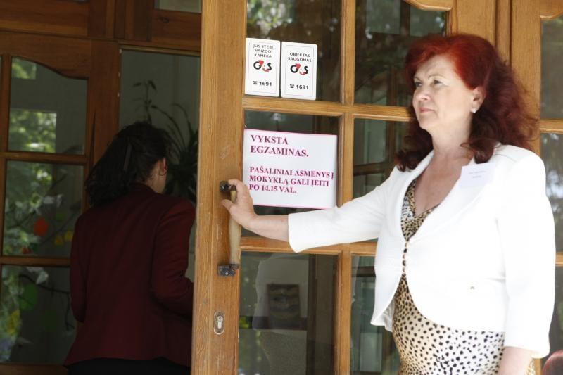 Klaipėdoje iš lietuvių kalbos egzamino išvaryti du abiturientai