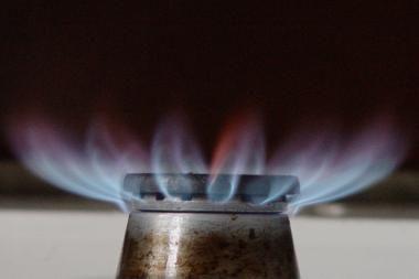 Gamtinės dujos toliau brangsta