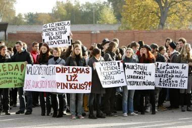 Aukštosios mokyklos surengė įspėjamąjį streiką (nuotr.)