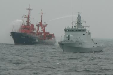 Jūroje – bendros kariškių ir Būtingės naftos terminalo pratybos