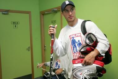 Klaipėdoje – NHL žvaigždė D.Zubrus