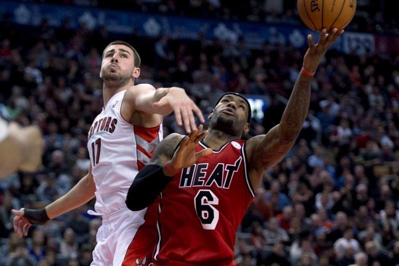 NBA savaitė: D.Motiejūno rekordas, J.Valančiūno sugrįžimas ir kita
