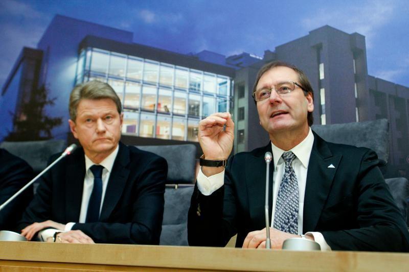 Žinia apie partijų jungtuves nusmukdė V. Uspaskicho reitingus