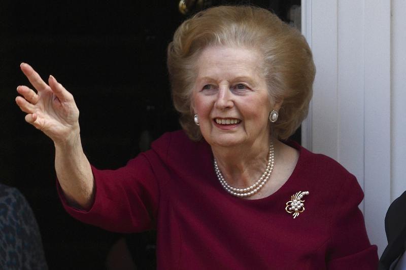 """""""Geležinė ledi"""" M.Thatcher po operacijos išleista iš ligoninės"""