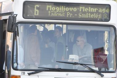 Neblaivus jaunuolis autobuse apiplėšė klaipėdietį