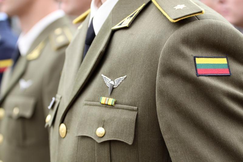KAM nerado priežasčių nestatutiniams santykiams Karo akademijoje