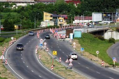 Vairuotojos įspūdžiai: Lazdynų tilto remontas - katastrofa