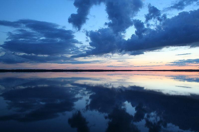 Lazdijų rajono ežere plūduriavusioje valtyje rastas negyvas vyras