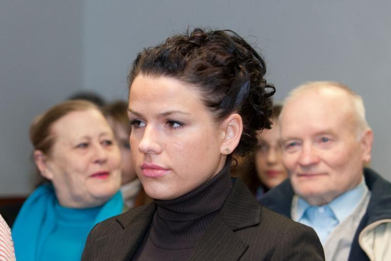 L.Stankūnaitė ir jos tėvai pripažinti nukentėjusiais pareigūnų byloje
