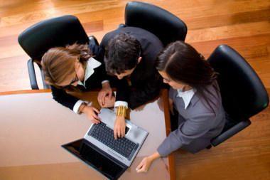 Lietuvos įmonės keliasi į socialinius tinklus