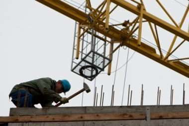 Apklausa: statybos įmonių vadovai artimiausiu metu tikisi daugiau užsakymų