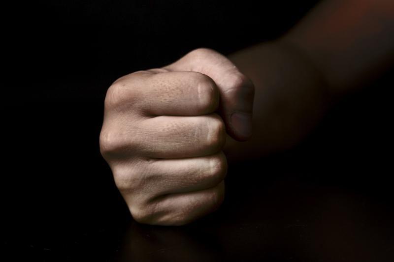 Per pirmą įstatymo prieš smurtą dieną sulaikyti šeši įtariami vyrai