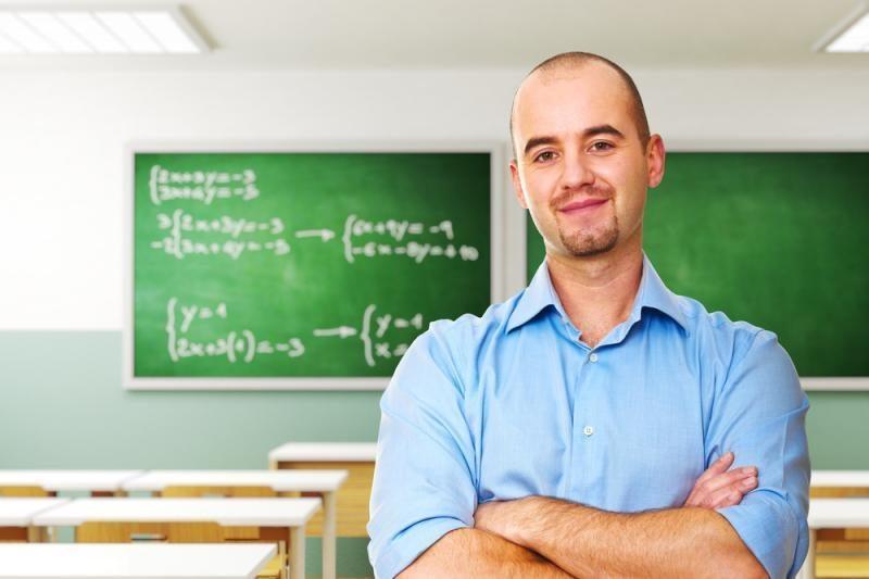 Japonijoje mokytojas vertė moksleivius gerti rūgšties tirpalą